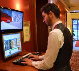 Internetterminal Hotellobby City Hotel Ost am Kö Augsburg