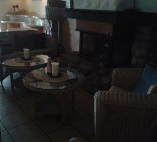 Sitzecke vorm Kamin Hotel Villa Granitz