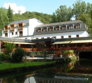 Hotel vom Garten aus gesehen Hotel Heidsmühle