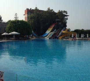 Pool mit Rutschen Hotel Horus Paradise Luxury Club