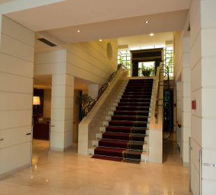 Eingangsbereich K+K Palais Hotel