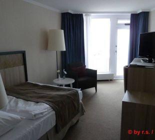 Das große und helle Zimmer, mit Minibar Hotel Neptun