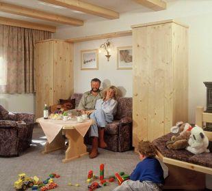 Die gemütlichen Wohnzimmer mit Kachelofen Ferienhaus Kirchplatzl