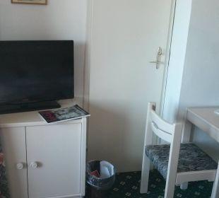 Fernseher, Kommode Hotel Walkner