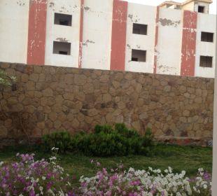 Ausblick auf das Nachbarhotel