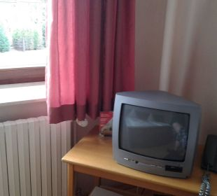 Ein bisschen sehr kleiner Fernseher Hotel Bockelmann
