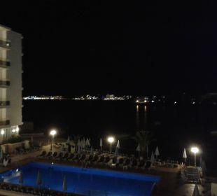 Ausblick bei Nacht Fiesta Hotel Milord