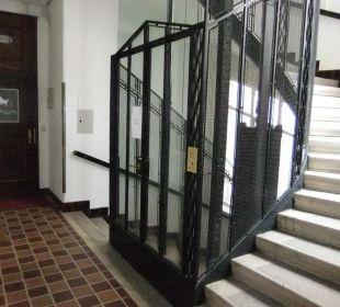 Flurbereich vor der Eingangstür zur Pension