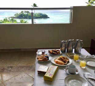 Frühstücksservice im Zimmer Luxury Bahia Principe Cayo Levantado Don Pablo Collection