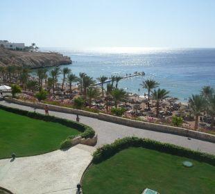 Ausblick über Strand und Meer Hotel Continental Plaza Beach