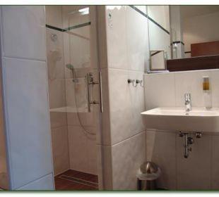 Zimmer Nr. 3 & 8 - Badezimmeransicht Hotel Haus Hillesheim