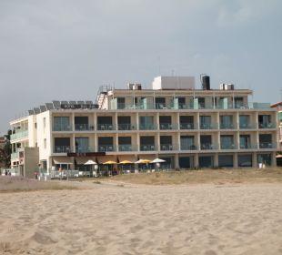 Das Hotel vom Strand aus Hotel Bel Air