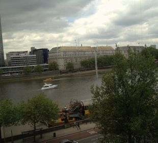 View on the Thames Park Plaza London Riverbank