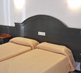 Zimmer OLA Aparthotel Cecilia