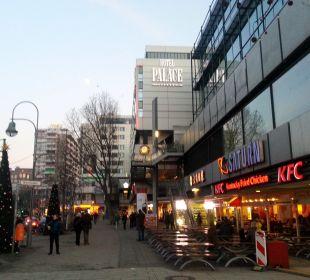 Gebäudekomplex, super Lage Hotel Palace Berlin