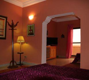 Minisuite mit Kingsize Bett Stargazing Hotel SaharaSky