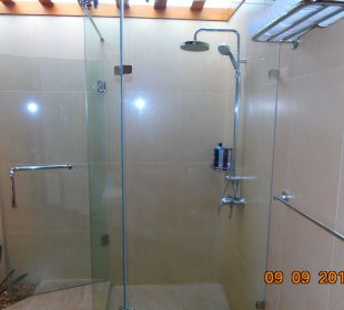 Grosse Dusche Hotel Ranweli Holiday Village