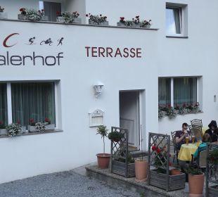 Het terras. Gasthof Inntalerhof