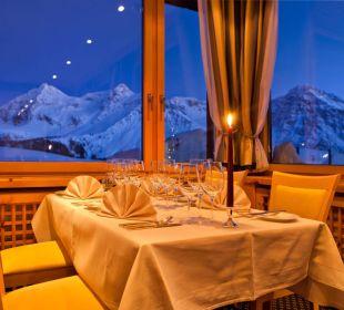 Candle Light Dinner mit Aussicht Golf- & Sporthotel Hof Maran