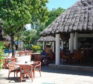 Poolbar Hotel Traveller's Club