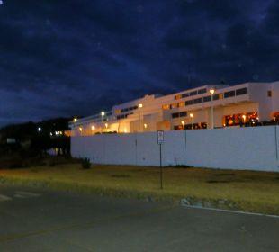 Blick vom Parklatz auf das Hotel Hotel Libertador Lago Titicaca