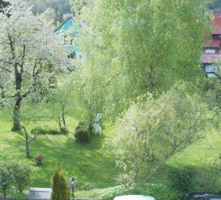 Garten Wellnesshotel Jagdhaus