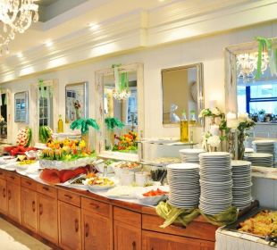Dinner Buffet Secret Paradise Hotel and Spa