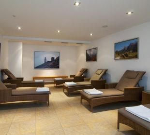 Ruheraum im Sauna - & Fitnessbereich Hotel Holiday Inn Nürnberg City Centre