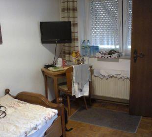 Fernseher +Essentisch*+Zimmerfenster Gaststätte & Hotel Alte Münze