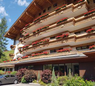 Außenansicht Gartenhotel THERESIA