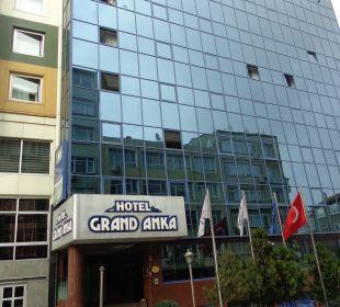 Haupteingang Hotel Grand Anka