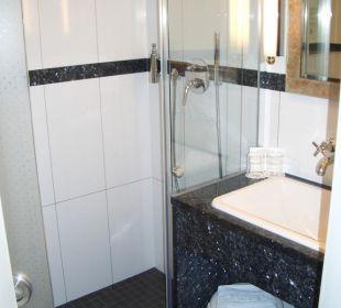 Modernes Badezimmer Hotel Lindauer Hof