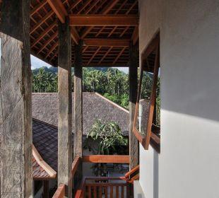 Rumah Isah - Aufwändige Dachkonstruktionen Nusa Indah Bungalows & Villa