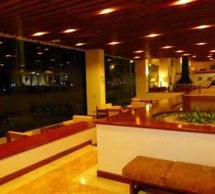 Auchgroße Panoramafenster für den Blick auf d. See Hotel Libertador Lago Titicaca