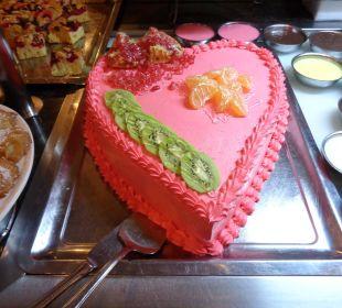 Lecker Torte Hotel Titan Select