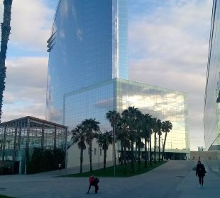 Blick von er Promenade W Barcelona Hotel