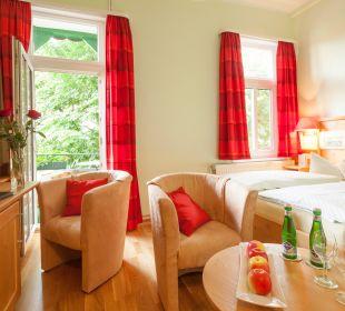 """Doppelzimmer """"Standard Class"""" mit Balkon (Aufpreis) Hotel Victoria"""