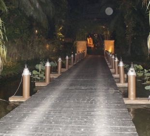 Holzbrücke/-steg zur Rezeption Anantara Bophut Resort & Spa