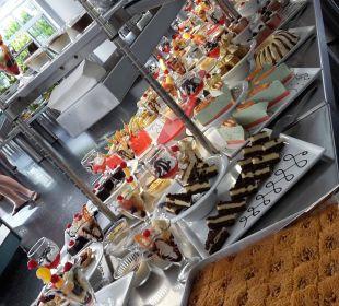 Ein unglaubliches Dessertbuffet Hotel Club Kastalia