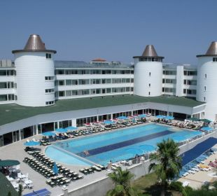 Pool ihnen blick Orient Hotels Roxy Resort