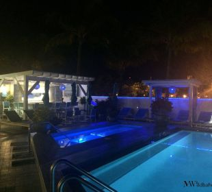 Poolanlage Hotel Ocean Key Resort & Spa