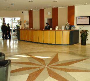 Lobby  Globana Airport Hotel