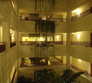 Hotelowe Atrium Hotel Mövenpick Resort & Marine Spa Sousse
