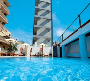 Pool  Smartline Semiramis City Hotel