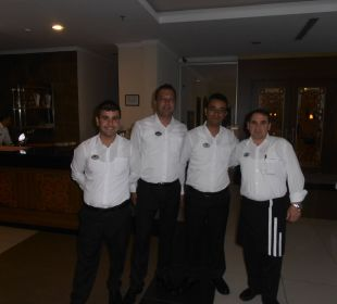 Sherafettin, Temel, Osman usw. Hotel Titan Select