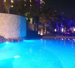 Po zmroku Sheraton Hotel & Resort Abu Dhabi