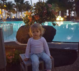 Abends am Pool Hotel Hipotels La Geria