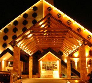 Fassade bei Nacht Hotel Bianca Resort & Spa