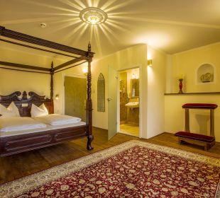 Themenzimmer Kapelle Hotel Fronfeste