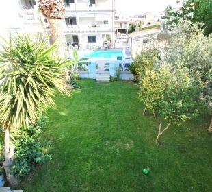 Garten und Pool Holiday Residence Rifugio